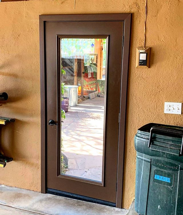 Arizona Window and Door in Scottsdale and Tucson showing door of home with window
