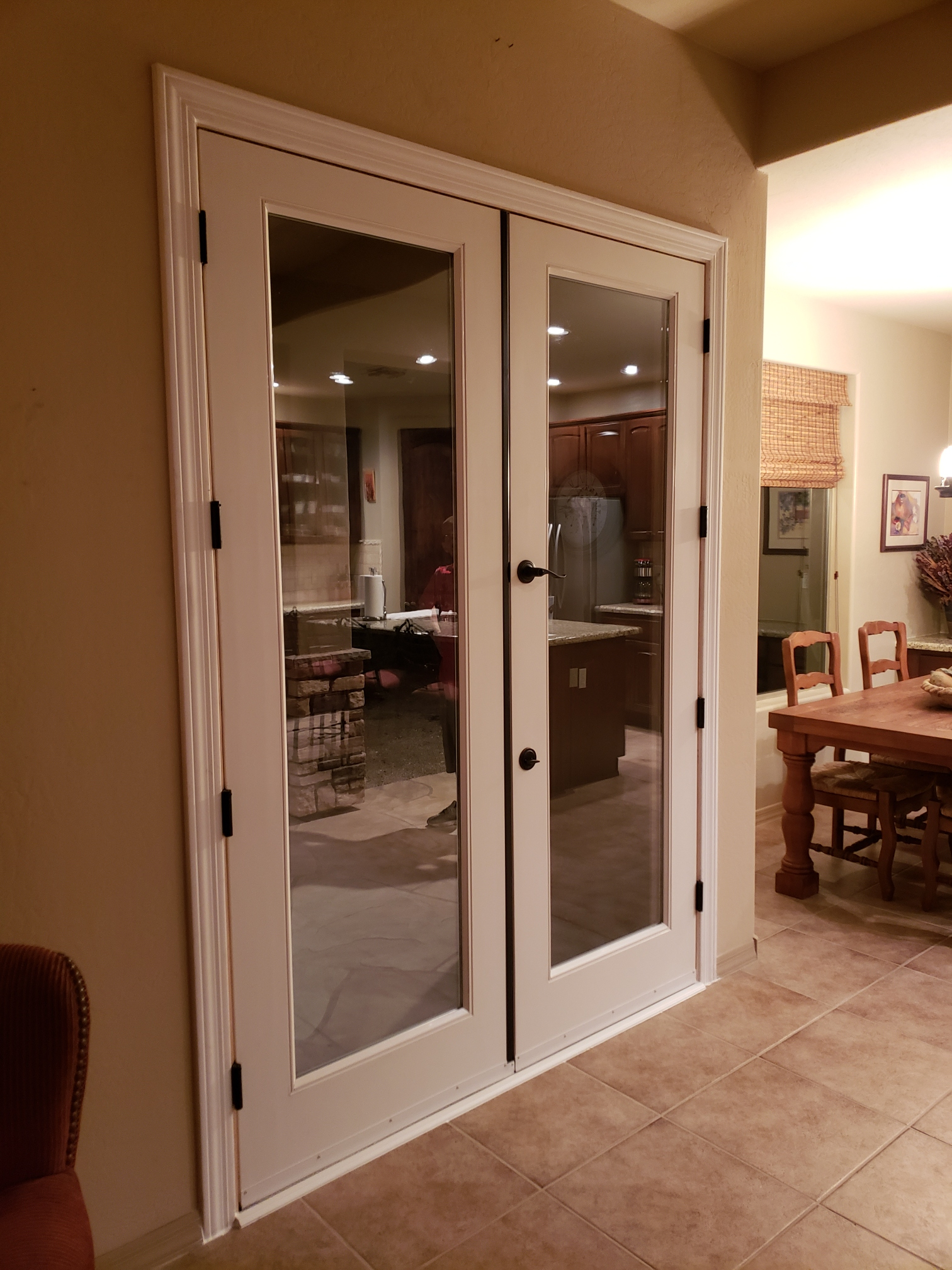 Arizona Window and Door in Scottsdale and Tucson showing french doors to the backyard
