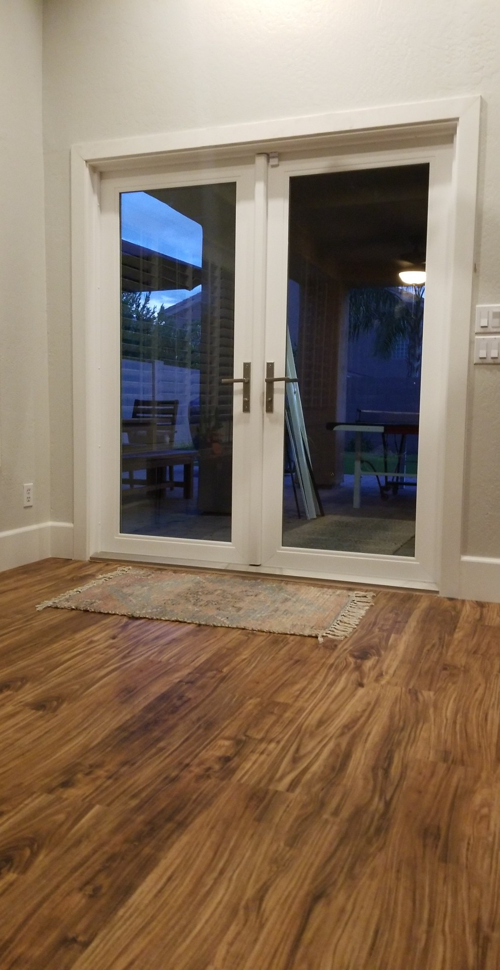 Arizona Window and Door in Scottsdale and Tucson showing french doors with windows