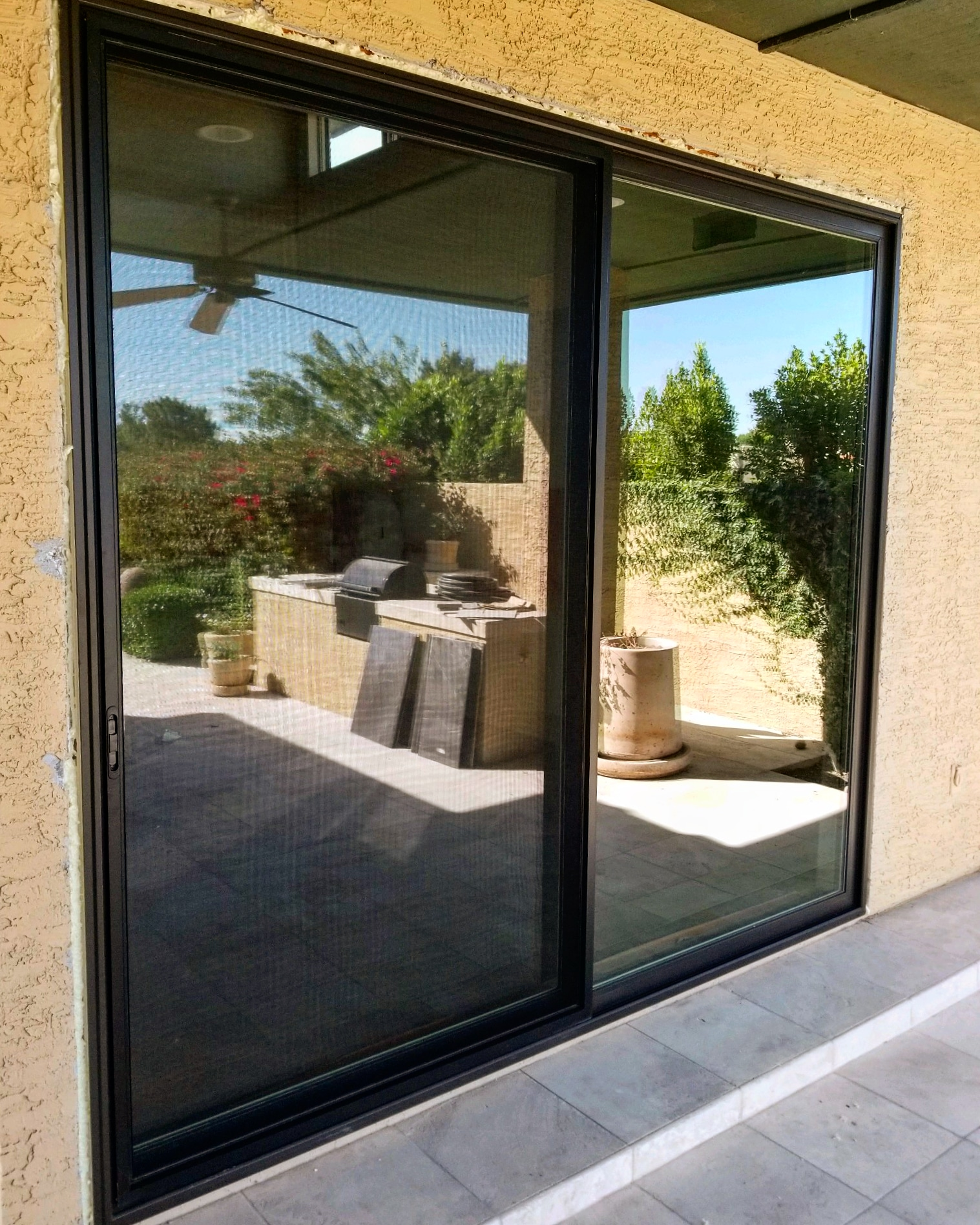 Arizona Window and Door in Scottsdale and Tucson showing black back door slider