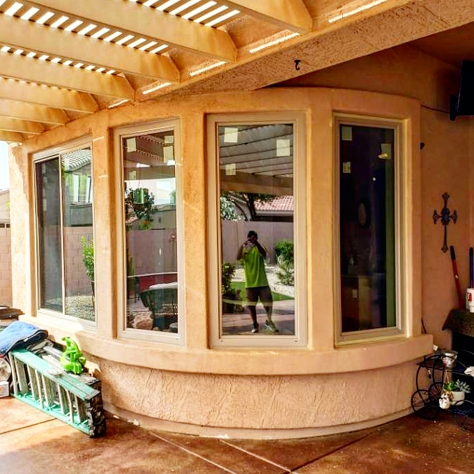 Arizona Window and Door in Scottsdale and Tucson showing windows on curve of home