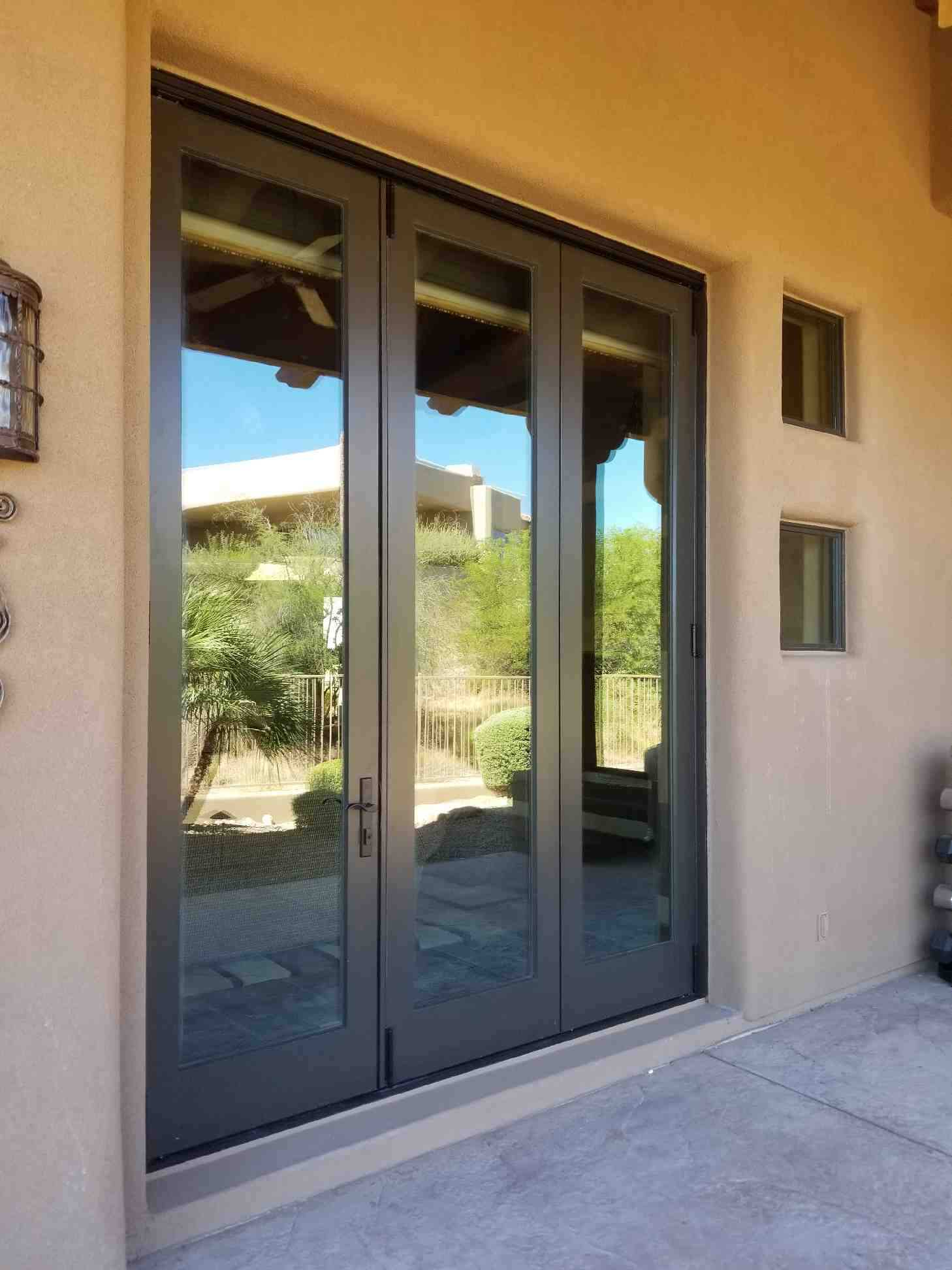 Arizona Window and Door in Scottsdale and Tucson showing multipanel door to patio